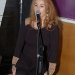 LaRaine introducing John Haynes - BCSongwriters.ca