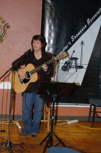 Patricia Dunphy, playing the Open Mic at BC Songwriters Showcase