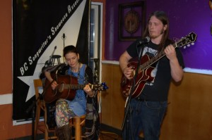 Sara Bean & Kevin Wellman playing at the BC Songwriters' Showcase' Open Mic in Langley