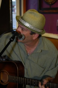 Earl Travis Taylor performing as part of the Two Hour Jam, at BC Songwriters' Showcase & Open Mic